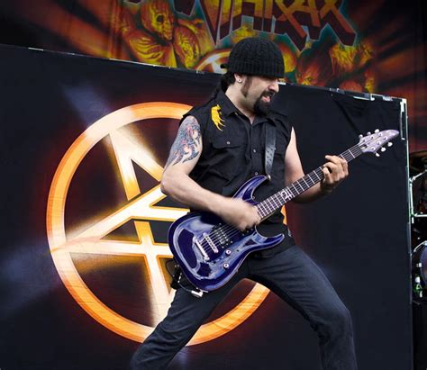 rob guitarist rob caggiano leaves anthrax guitar muse