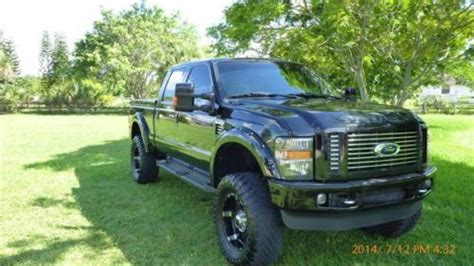 sell   ford   super duty harley davidson edition crew cab pickup  door