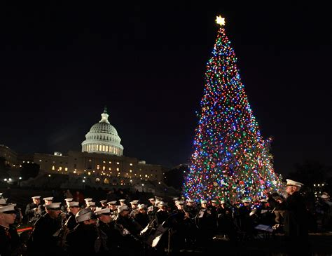 Christmas Comes Early To The U S Capitol Thanks To A Mack Dc Tree Lighting