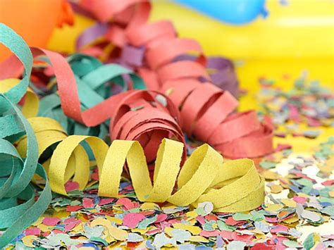Decoration Ideas For Teachers Day Celebration by Decorate Classroom For S Day Boldsky
