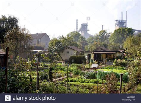 schreber garten schrebergarten kleingarten im ruhrgebiet stock photo