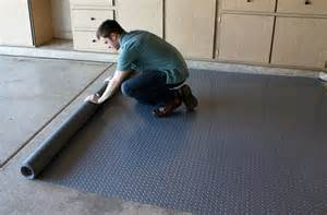 Rubber Mat Garage Floor Covering by Rubber Floor Tiles Garage Roselawnlutheran