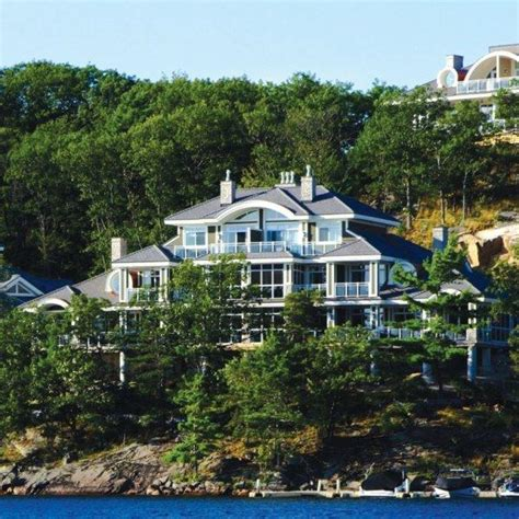 touchstone on lake muskoka offers affordable luxury