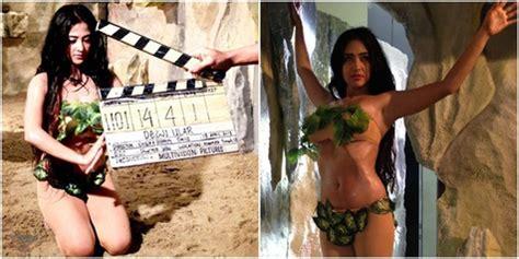 film nyi roro kidul di indosiar foto dewi perssik til seksi berbalut busana daun