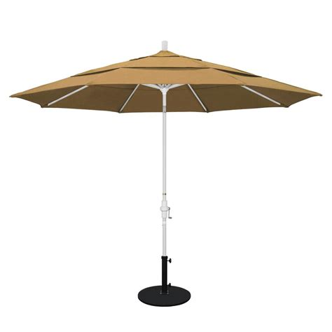 11 Patio Umbrella California Umbrella 11 Ft Aluminum Collar Tilt Vented Patio Umbrella In Straw Olefin