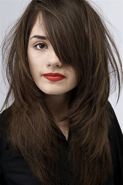 brunette hairstyles for pale skin love dark brown hair and fair skin absolute hair beauty