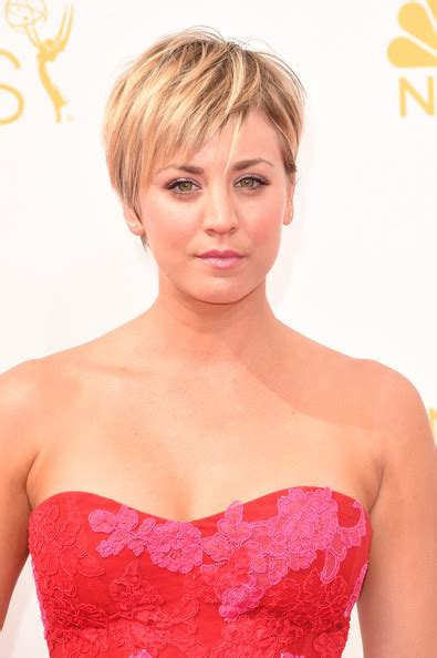 kelly cuoco sweeting new haircut hairstylegalleries com page not found zimbio