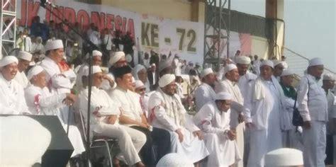 Kopiyah Putih Kopiyah Habib Peci Putih Pakai Baju Koko Peci Hitam Soeharto Hadiri Milad