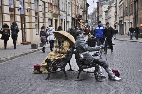benching people lviv back to saloland page 2