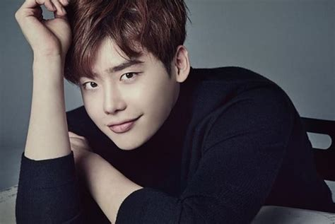 K-dramas to watch for fans of Lee Jong-suk - Entertainment ...