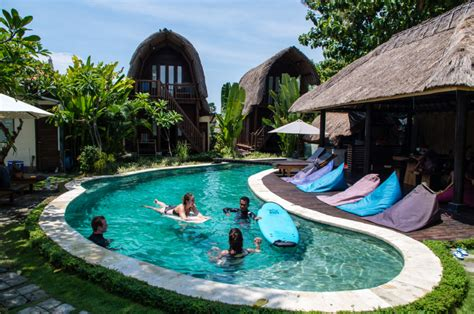 pool house junkies surf wg berawa indojunkie vibes