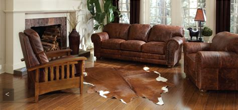 how to clean leather furniture with home remedies