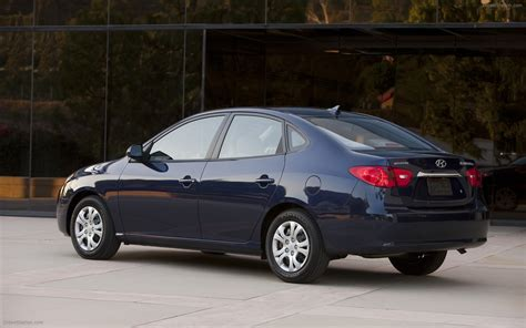 2010 Hyundai Elantra by 2010 Hyundai Elantra Blue Widescreen Car Wallpaper