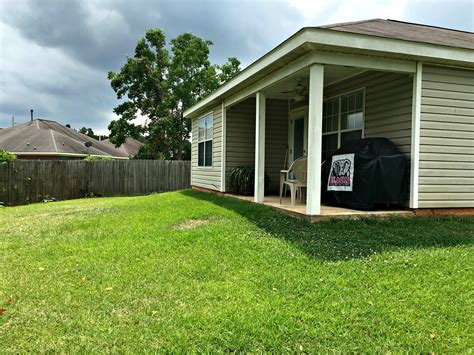 8877 fall ct mobile al 36695 patio and backyard the