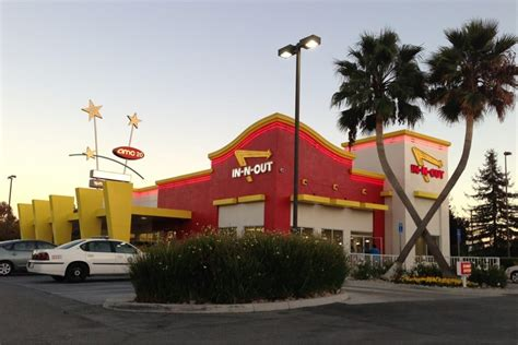 Santa Clara Mba Not Worth by In N Out Burger 197 Photos 392 Reviews Fast Food