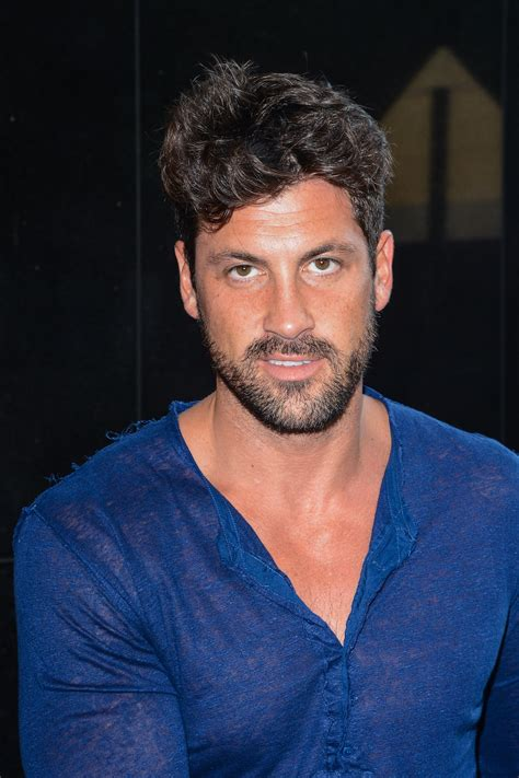 val s dancing with the stars maksim chmerkovskiy could return