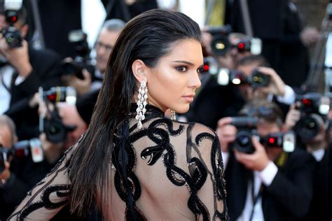Kendall Jenner Has a Lob Now?and, Yes, It?s Actually Real
