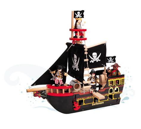 bett piratenschiff le barbarossa pirate ship