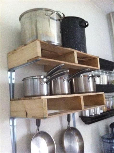 diy wooden shelves   pallets pallet furniture diy