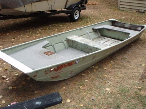 jon boat bed liner muskiefirst jon boat floor coating 187 muskie boats and