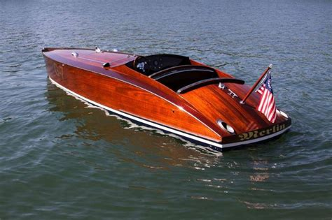 wooden boat motor pin by caminadawerft on edle holzboote pinterest