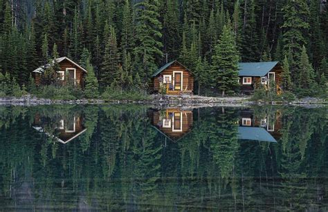 Big Cabins On The Lake by Flashpacker Accomodation On Vancouver Island