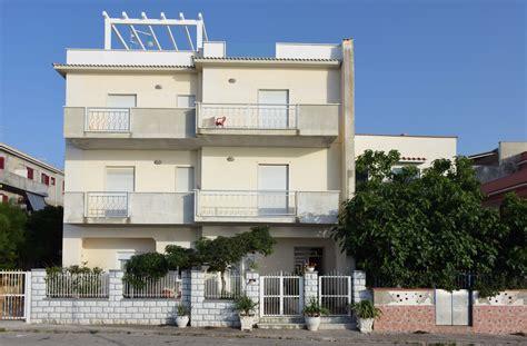appartamenti vacanza palermo appartamento mare sicilia trappeto palermo scrusci di