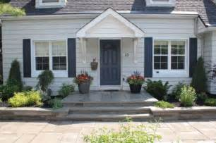 Patio Decorating 35 Front Door Flower Pots For A Good First Impression