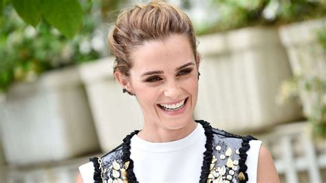 emma watson quot the circle quot press tour portraits in paris emma watson enlists fans to help her find lost jewelry