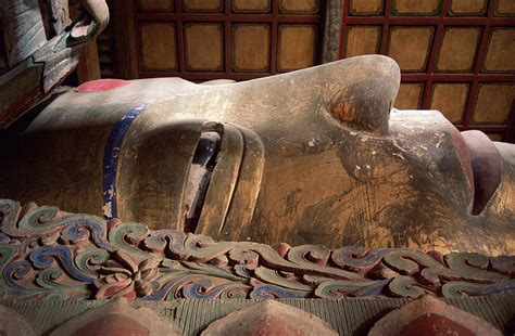 giant reclining buddha reclining buddha giant buddha temple zhangye china