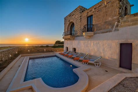 gozo villas farmhouse apartment rentals malta