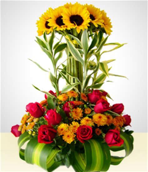 girasoles moldes de flores para hacer arreglos florales en arreglo girasoles dorados san valent 237 n quito