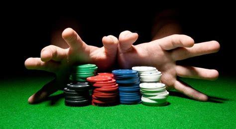 Hasilkan uang asli lewat permainan poker online