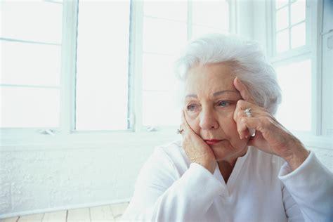 azvase cuidado nocturno de ancianos cuanto cuesta cuanto cobran para cuidar a una persona anciana el