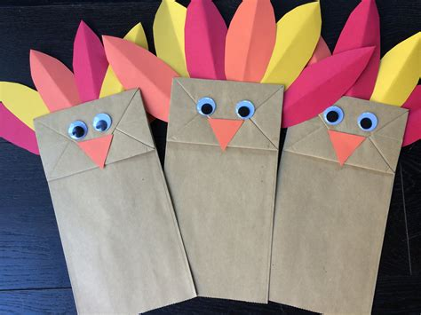 Paper Bag Turkey Craft - thanksgiving craft can