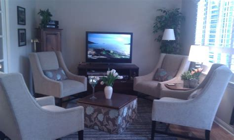 houzz tv room cozy tv room traditional living room toronto by stacey romano interiors