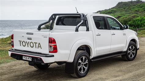toyota reviews 2015 2015 toyota hilux review black edition caradvice