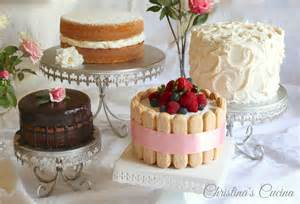 a cake decorating tutorial for impressive results for the cake decorating and piping challenged