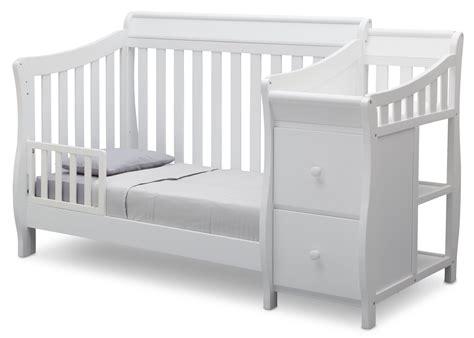 Bentley S Crib by Bentley S Crib N Changer Delta Children S Products
