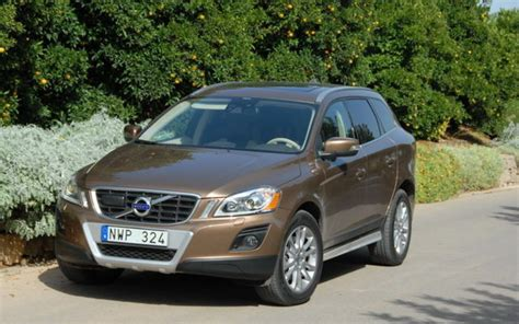 how to work on cars 2009 volvo xc60 navigation system 2009 volvo xc60 right place right time review the car guide motoring tv
