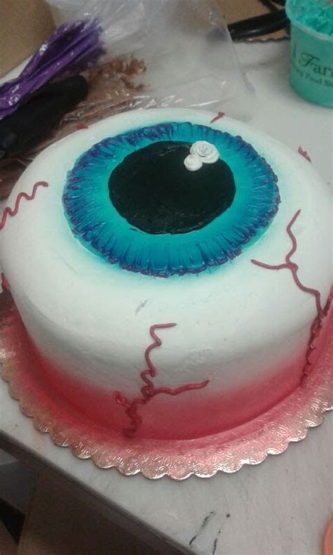 eyeball cake halloween cake decorating liz larson tutorials cake decorating cake