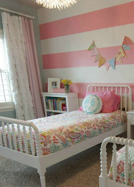 bright  girly part mommo design