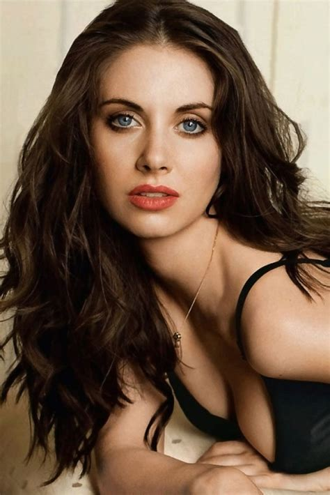 alison brie actress alison brie movies list height age family net worth