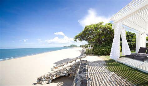 family beach holiday tips  phuket aleenta phuket