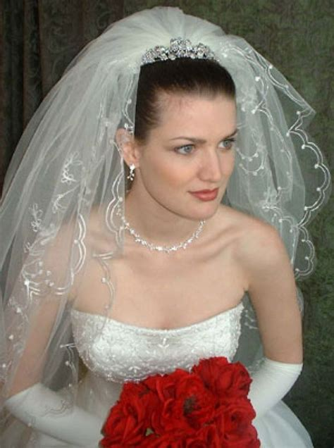 bridal hairstyles and veils pinterest