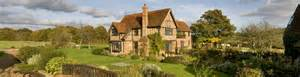 luxury self catering cottages in the uk and abroad