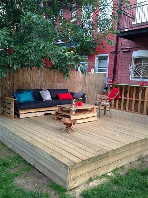 outdoor furniture for decks 25 best ideas about pallet patio decks on wood pallet flooring pallet patio and