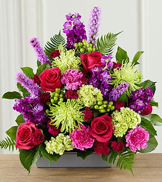 Ftd Arrangements by The Ftd 174 Warm Embrace Arrangement