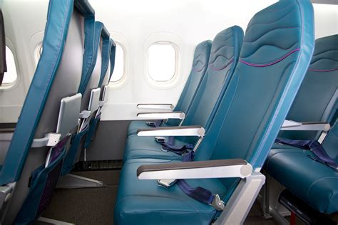 New Seat Upholstery by Hawaiian Airlines Revitalizes Their Boeing 717 Fleet