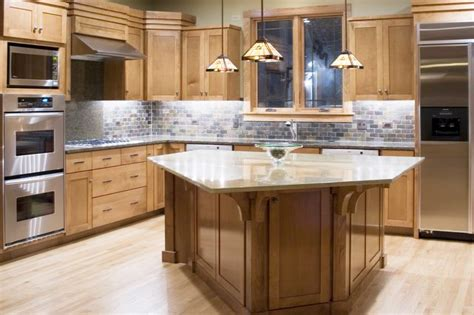 Kitchens With Different Colored Islands What Color Floors Match Light Maple Cabinets In The